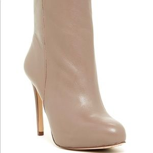 Louise et Cie Valmorel Taupe Leather Boots